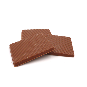 Melkchocolade plaatjes zonder toegevoegde suikers