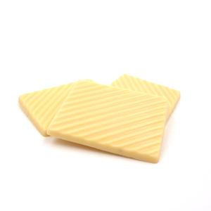 Witte chocolade plaatjes zonder toegevoegde suikers
